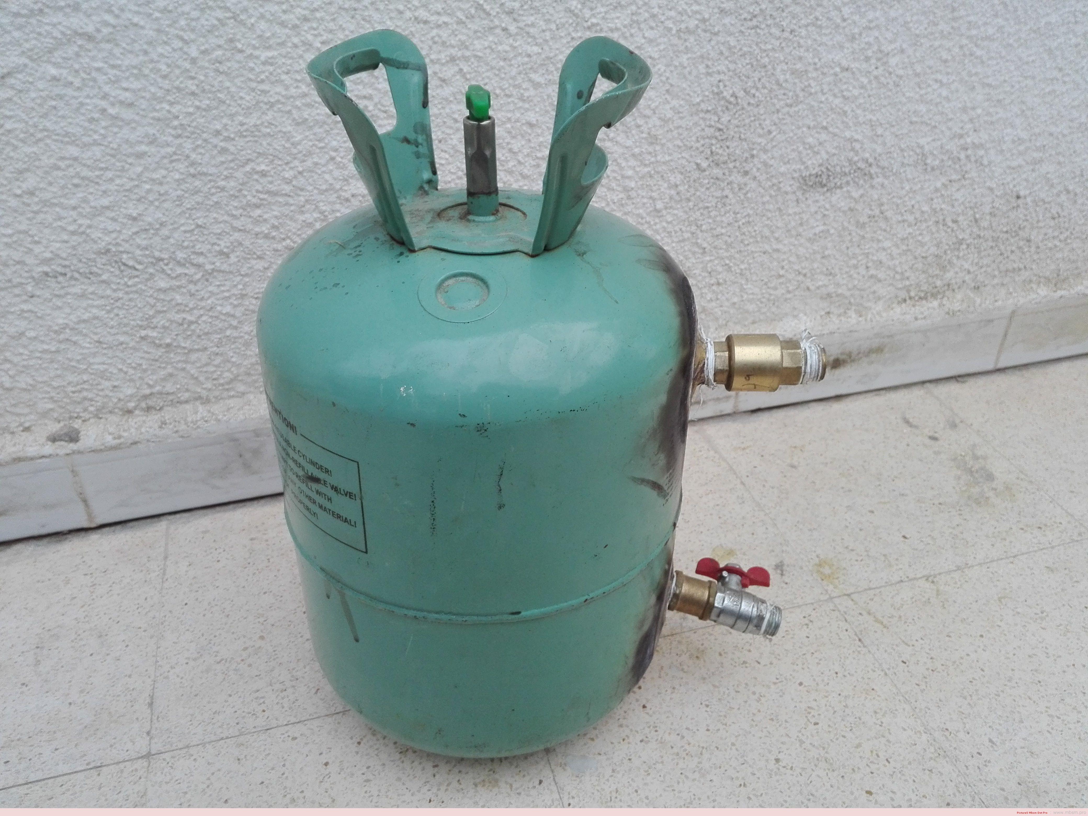 invention--bombe-de-dtartrage-acide-40-bar--une-solution-des-plombiers-professionnels-mbsm-dot-pro