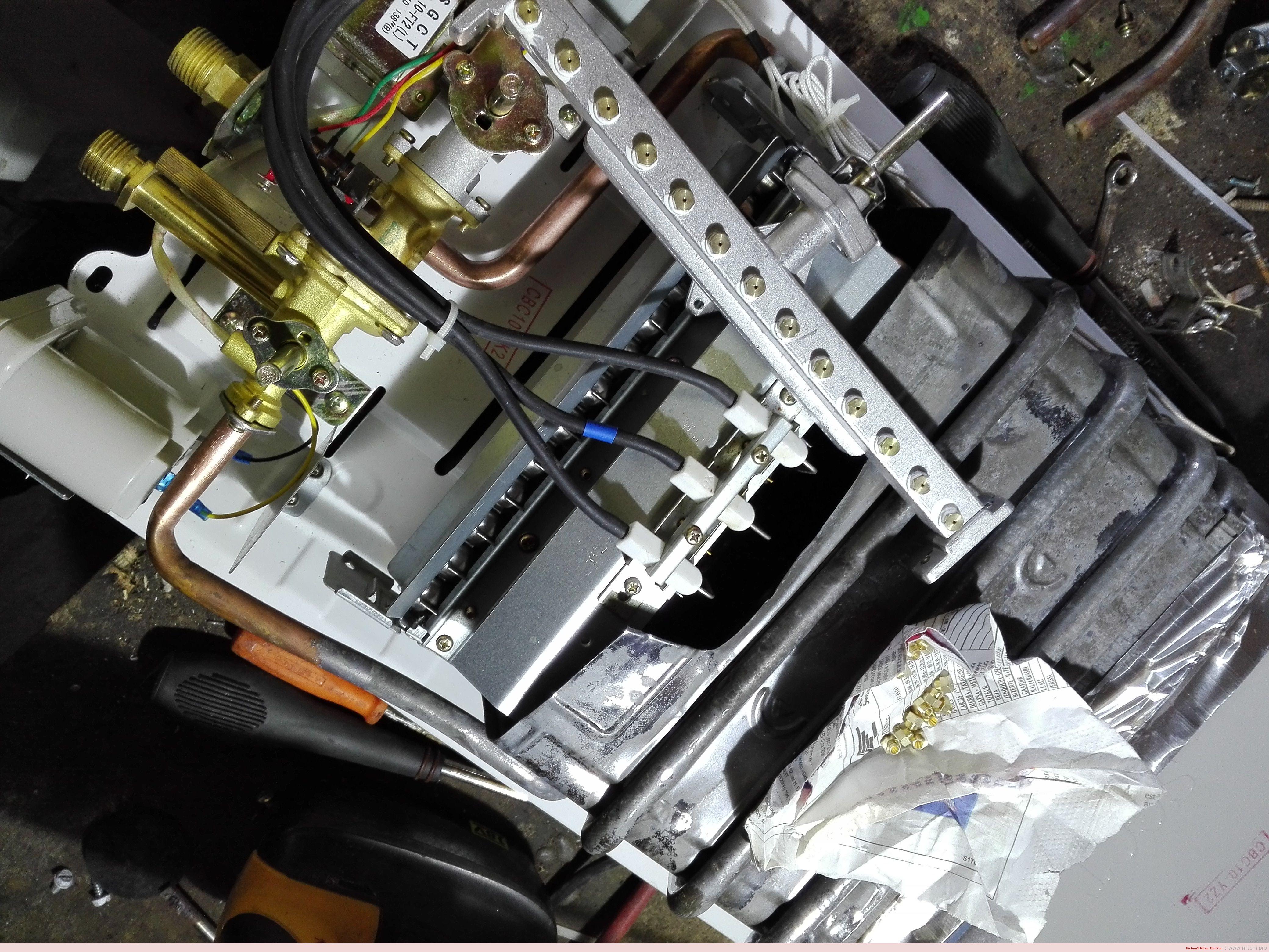 changement-injecteurs-gaz-de-ville--chauffeeau-a-piles-mbsmpro-mbsm-dot-pro