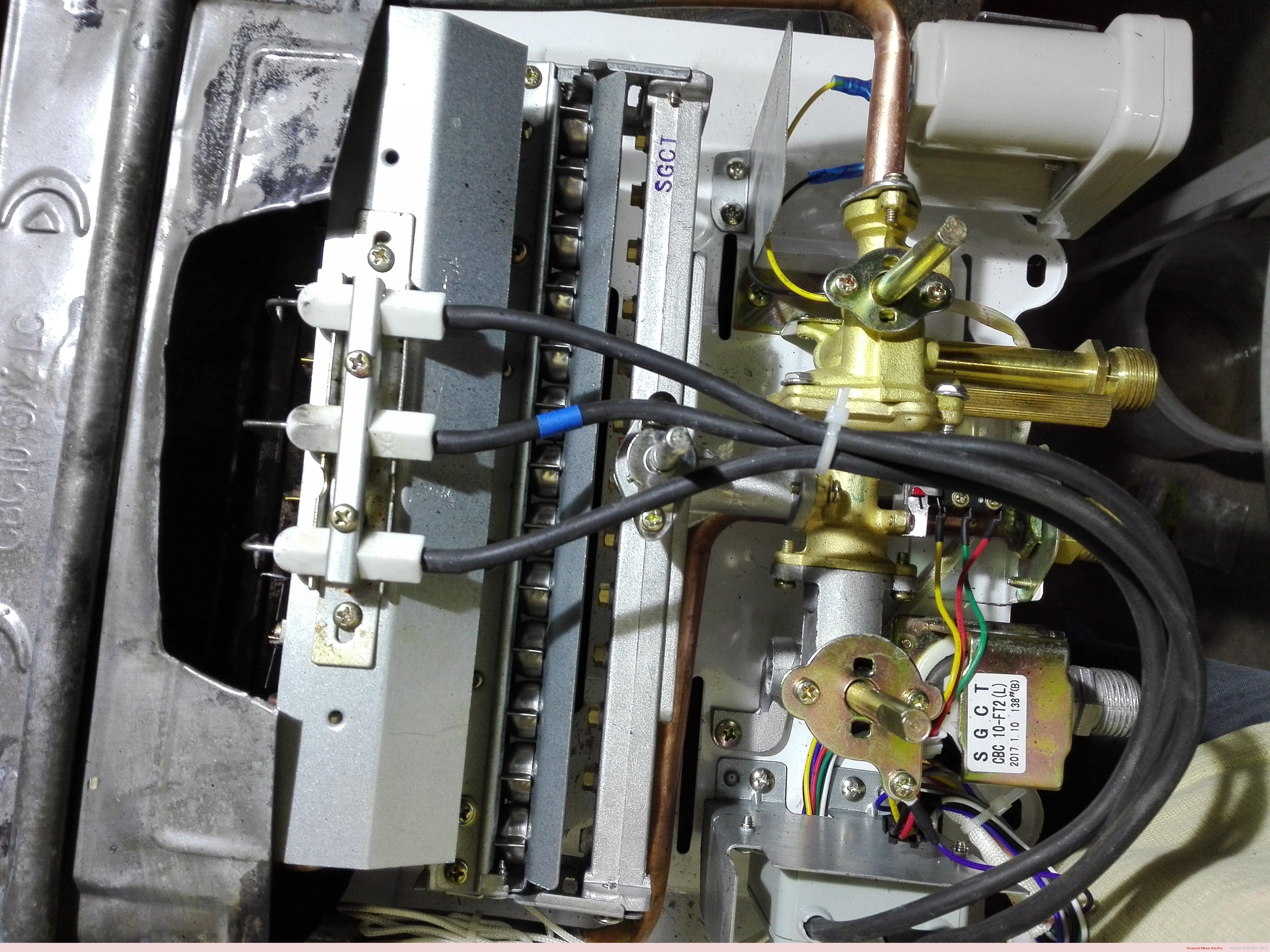 mbsm-dot-pro-changement-injecteurs-gaz-de-ville--chauffeeau-a-piles-mbsmpro