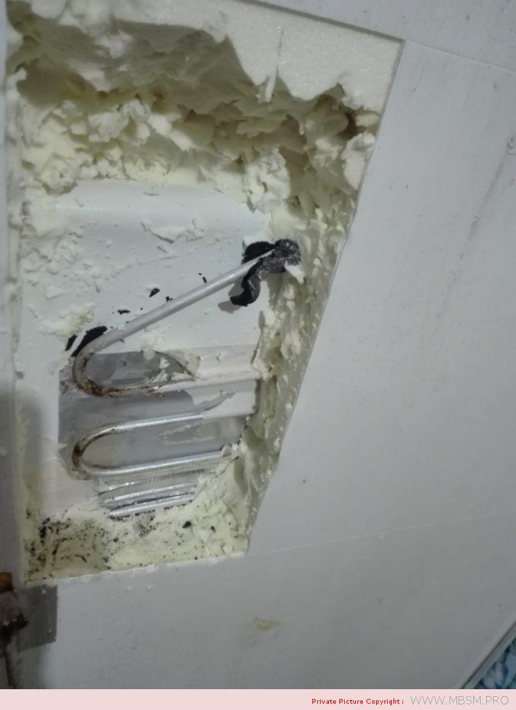 rparation-fuite-encastrer--frigo--deux-portes--soudure-a-froid-et-bombe-de-mousse-mbsm-dot-pro